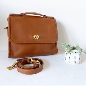 Vintage Coach Court Leather Crossbody Tan 9870